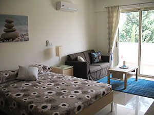Peyia Paphos apartment for rent