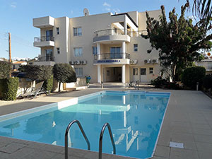 Universal Paphos apartment for rent